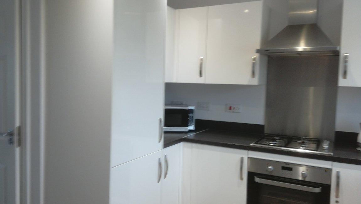 Bugle Close Kitchen For Sale Copthorne Keep 2 bed